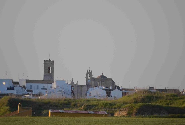 Panorámica de la iglesia san Bartolomé de Villalba del Alcor