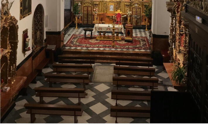 Interior nave iglesia convento carmelita